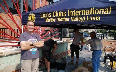 Lions gazebo shelters Maltby Miners Memorial volunteers from the heat